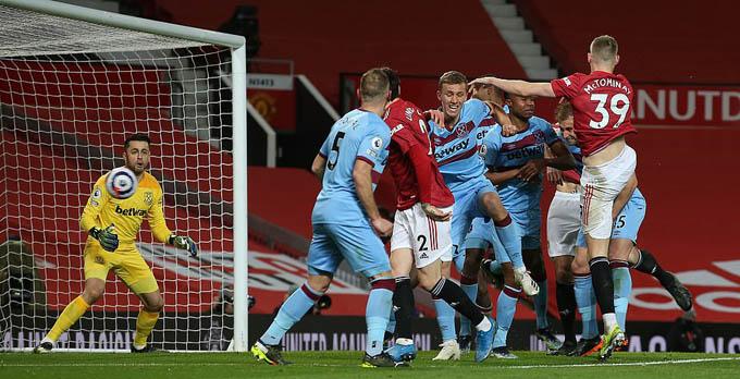 MU khó nhọc giành chiến thắng trước West Ham