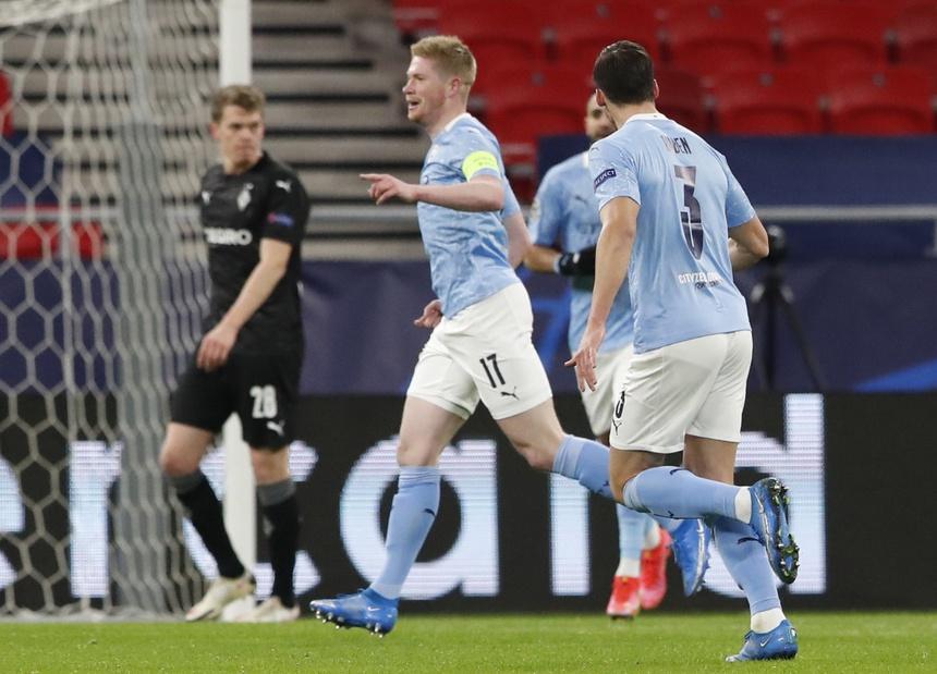 De Bruyne mở tỷ số sớm cho Man City. Ảnh: Reuters