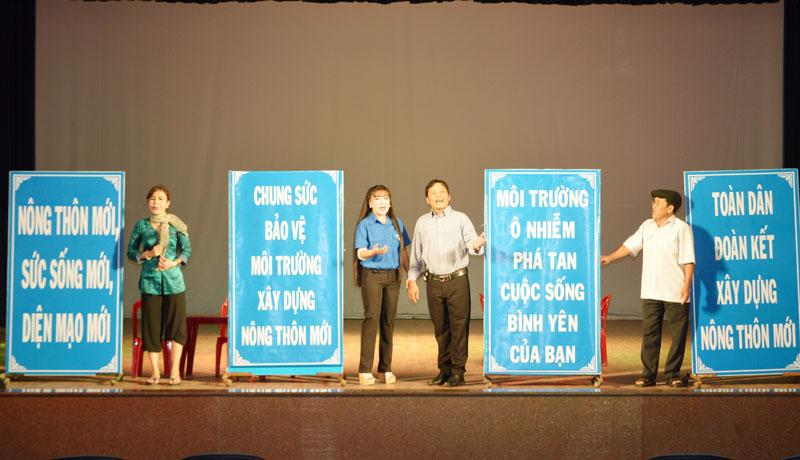 Buổi biểu diễn của Đoàn Nghệ thuật CL Bến Tre.