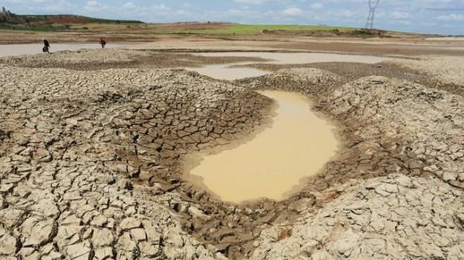 Phải theo dõi diễn biến xâm nhập mặn, thiếu nước tại Đồng bằng sông Cửu Long.