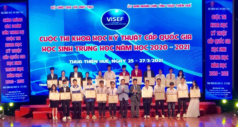 Lần đầu tiên học sinh tỉnh đạt giải nhất Cuộc thi Khoa học Kỹ thuật cấp quốc gia