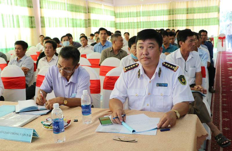 Hội nghị thu hút sự quan tâm của hơn 100 chủ cảng, bến thủy nội địa.