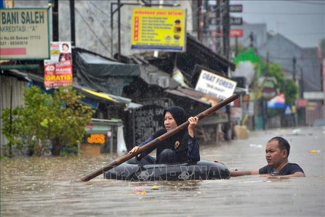 Các trận sạt lở đất và lũ quét thường xảy ra trên toàn Indonesia trong mùa mưa. Ảnh tư liệu: AFP/TTXVN