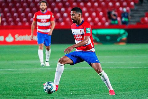 Man City muốn đưa Yangel Herrera trở lại thay thế Fernandinho