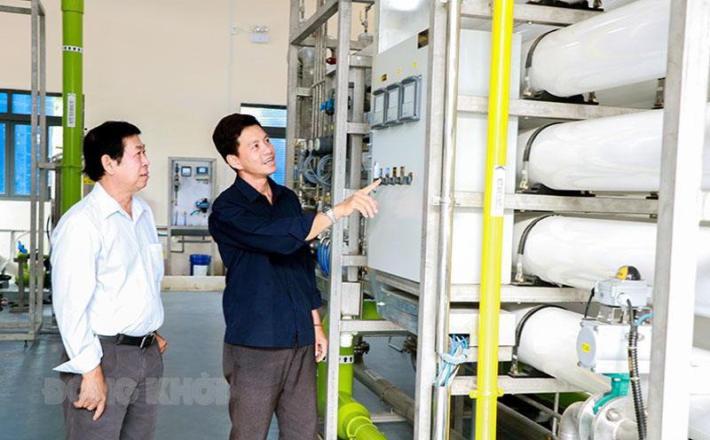 Công ty cổ phần Cấp thoát nước Bến Tre vừa đầu tư hệ thống lọc RO cấp nước sạch phòng khi nguồn nước thô bị nhiễm mặn.
