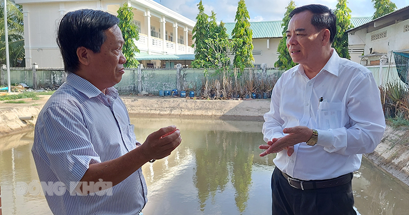 Chủ tịch UBND tỉnh Trần Ngọc Tam quan tâm tình hình cấp nước tại nhà máy nước Tân Hào