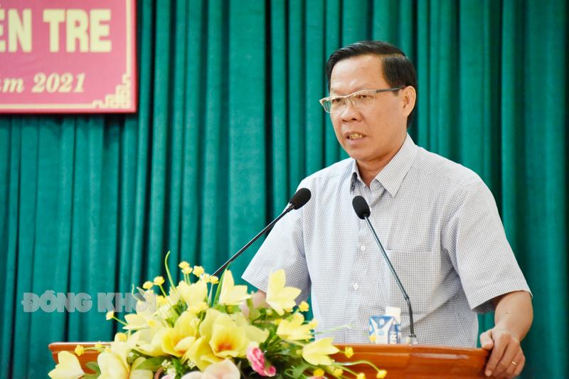 Bí thư Tỉnh ủy Phan Văn Mãi phát biểu tại hội nghị.