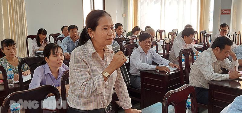 Đại biểu Ủy ban MTTQ Việt Nam tỉnh tham gia phát biểu tại hội nghị.