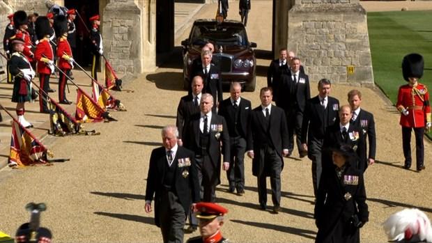 Thái tử Charles cùng các thành viên Hoàng gia Anh có mặt tại lễ tang. Ảnh: ITV