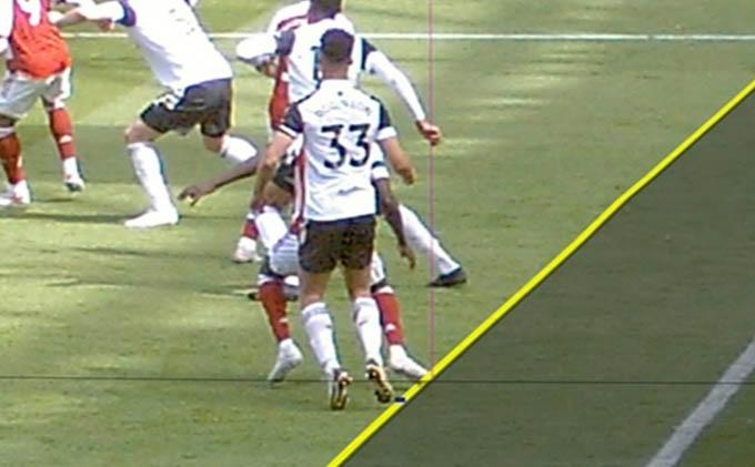 Bàn thắng của Arsenal không được công nhận do lỗi việt vị của Xhaka