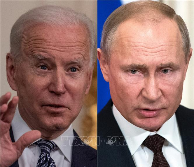 Tổng thống Mỹ Joe Biden (trái) và Tổng thống Nga Vladimir Putin (phải). Ảnh: AFP/TTXVN