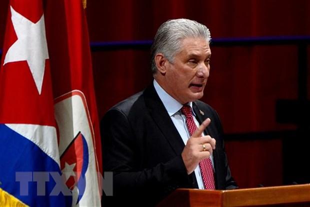 Tân Bí thư thứ nhất Ban Chấp hành Trung ương Đảng Cộng sản Cuba (PCC) Miguel Díaz-Canel Bermúdez phát biểu tại lễ bế mạc Đại hội lần thứ VIII của PCC. (Ảnh: AFP/TTXVN)