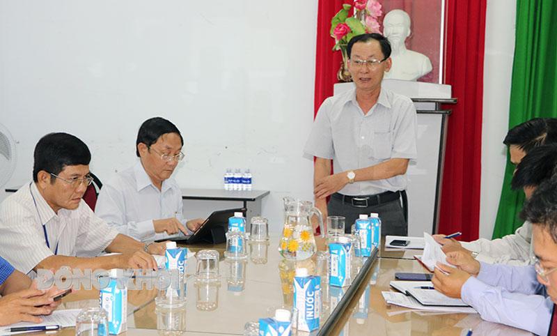 Phó chủ tịch UBND tỉnh Nguyễn Minh Cảnh phát biểu chỉ đạo tại buổi làm việc.