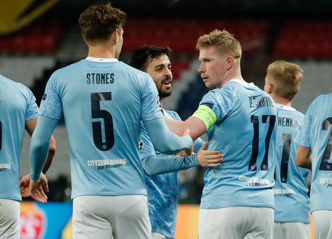 De Bruyne bất ngờ ghi bàn gỡ hòa 1-1 trận PSG vs Man City ở phút 64