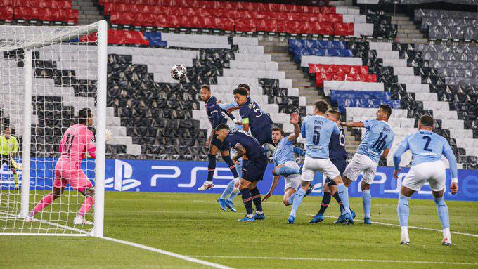 Marquinhos mở tỷ số trận PSG vs Man City ở phút 15