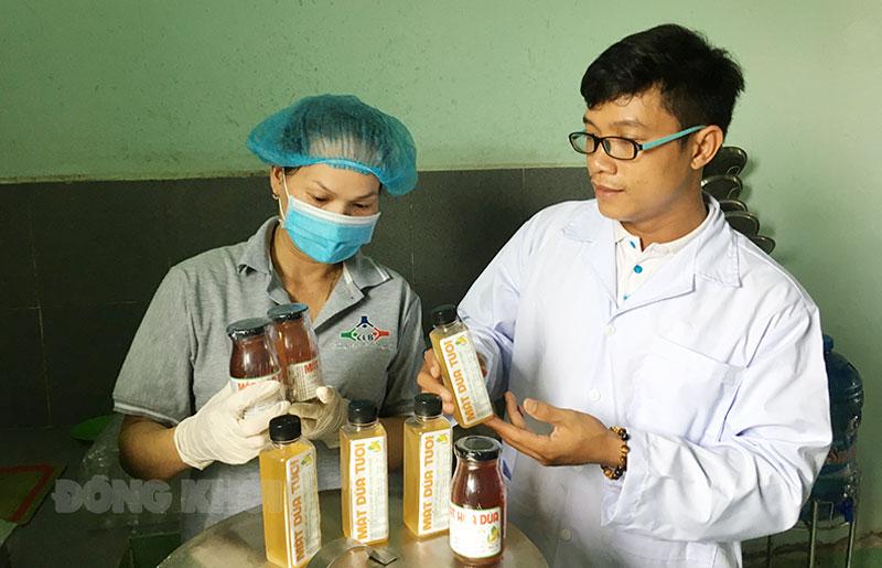 Sản phẩm từ mật hoa dừa được thị trường ưa chuộng.