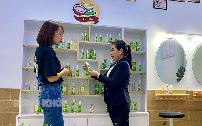 Cửa hàng dầu dừa Cô Ba tại TP. Hồ Chí Minh.