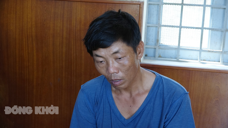Nguyễn Thành Thương tại cơ quan công an. Ảnh: Quang Duy.
