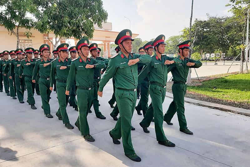 Huấn luyện chiến sĩ mới tại Tiểu đoàn 516. Ảnh: Đặng Thạch