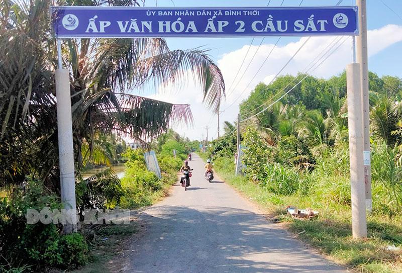 Đường giao thông nông thôn Ấp 2 Cầu Sắt, xã Bình Thới.