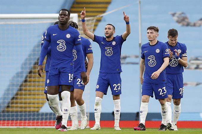 Ziyech ghi bàn đẳng cấp mang về bàn gỡ cho Chelsea