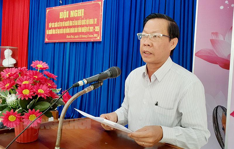 Bí thư Tỉnh ủy Phan Văn Mãi trình bày chương trình hành động. Ảnh: Minh Nhân