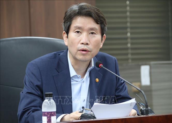 Bộ trưởng Thống nhất Hàn Quốc Lee In-young. Ảnh: Yonhap/ TTXVN