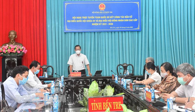 Bí thư Tỉnh ủy Phan Văn Mãi chủ trì hội nghị tại điểm cầu tỉnh Bến Tre.