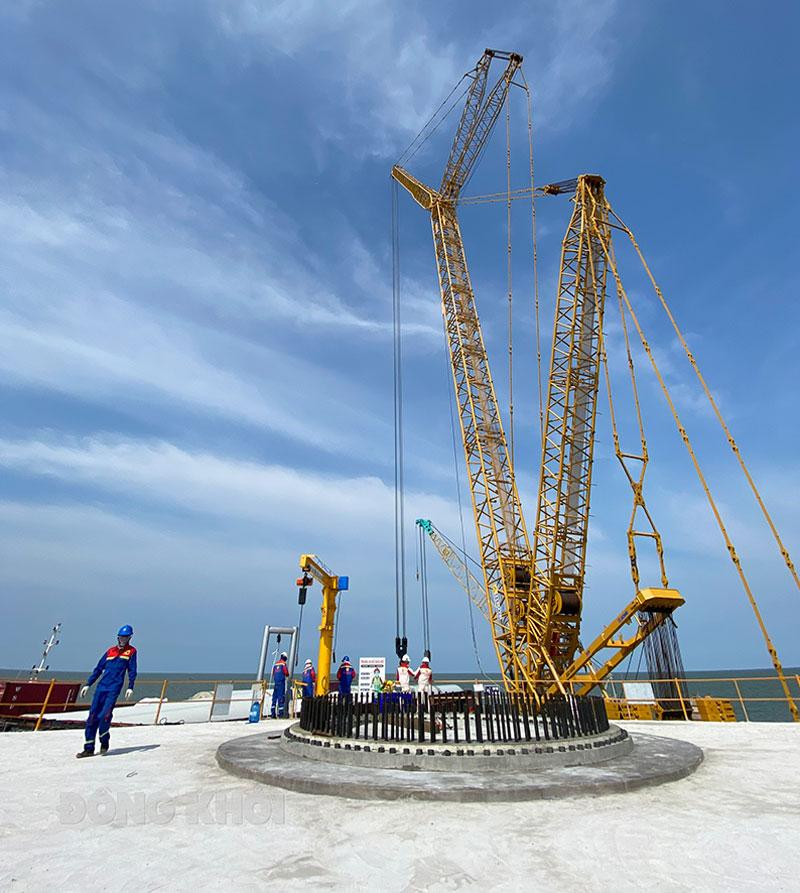 Thi công Dự án Nhà máy điện gió số 5.