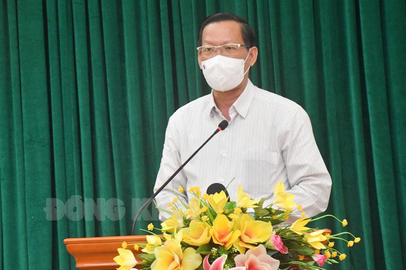 Bí thư Tỉnh ủy - Chủ tịch UBBC phát biểu tại cuộc họp.