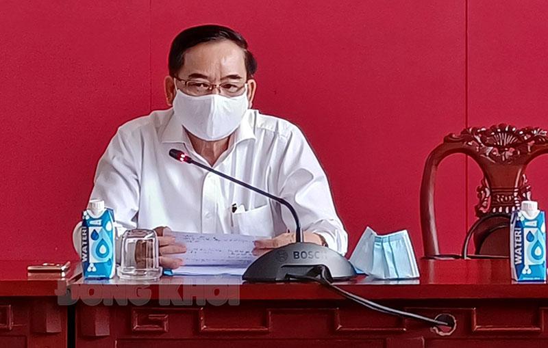 Chủ tịch UBND tỉnh Trần Ngọc Tam phát biểu chỉ đạo tại cuộc họp.