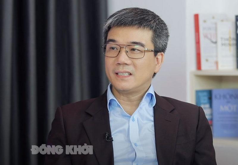 """Ông Ngô Trung Dũng - Phó tổng Thư ký Hiệp hội BH Việt Nam: """"Cho dù tham gia dòng BH nhân thọ nào, thì người tham gia BH sẽ được bảo vệ tài chính và an tâm trước những rủi ro trong cuộc sống. Đó mới chính là giá trị cốt lõi của BH nhân thọ""""."""