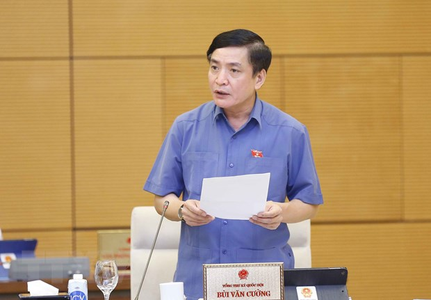 Tổng Thư ký Quốc hội, Chủ nhiệm Văn phòng Quốc hội Bùi Văn Cường phát biểu ý kiến. Ảnh: Doãn Tấn/TTXVN