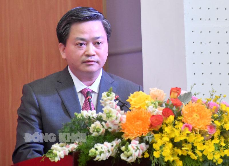 Bí thư Tỉnh ủy Lê Đức Thọ phát biểu tại buổi nhận quyết định.  Ảnh: H.Hiệp