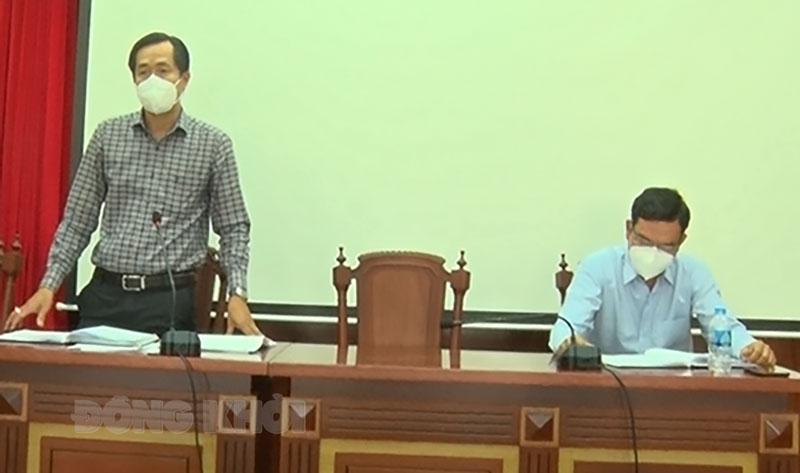 Chủ tịch UBND thành phố Huỳnh Vĩnh Khánh phát biểu chỉ đạo tại cuộc họp. Ảnh: Hồng Quốc