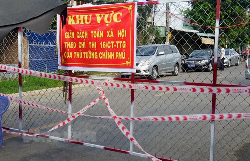 Một chốt chặn tại xã An Hòa Tây, Ba Tri.