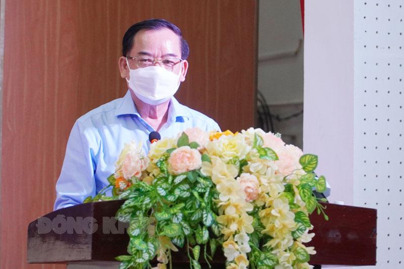 Chủ tịch UBND tỉnh Trần Ngọc Tam - Trưởng Ban chỉ đạo phòng chống dịch Covid-19 tỉnh phát biểu tại cuộc họp.