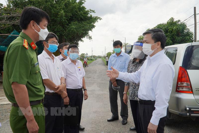 Bí thư Tỉnh ủy Lê Đức Thọ kiểm tra tại xã An Điền.