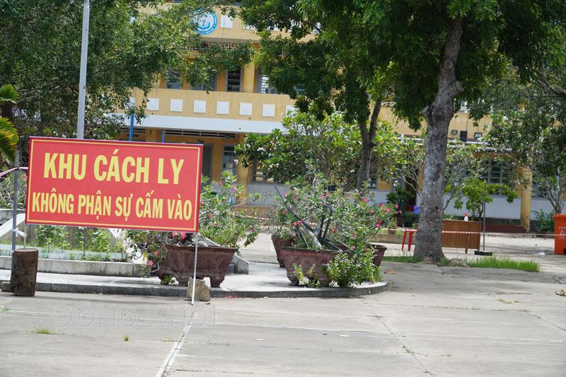Điểm cách ly tập trung Trường THCS Tân Thạch (Châu Thành).