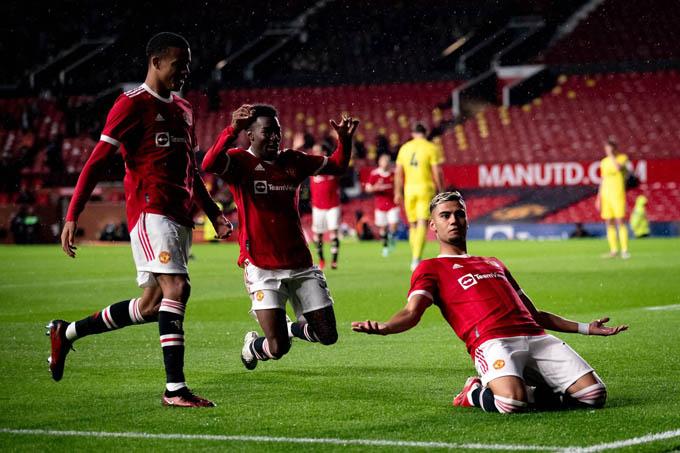 Pereira ghi bàn đẹp nhưng Man United không thể giành chiến thắng
