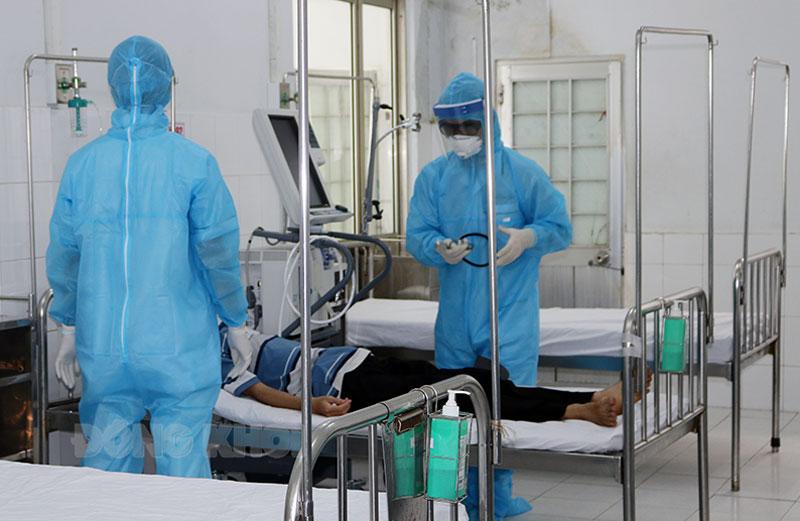 Bệnh viện Nguyễn Đình Chiểu thu dung, điều trị bệnh nhân Covid-19 nặng. Ảnh: Phan Hân
