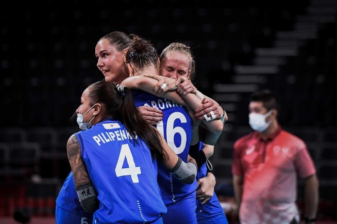Niềm hạnh phúc của các cô gái ROC sau chiến thắng