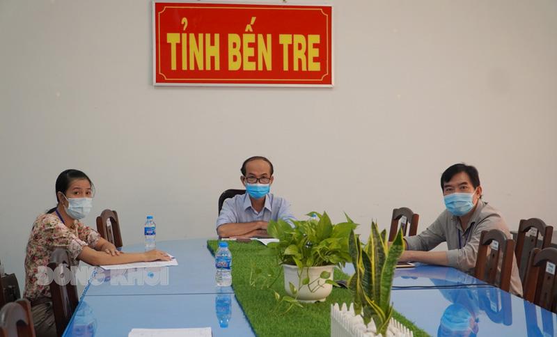 Phó giám đốc Sở Y tế Nguyễn Văn Oanh tham dự tại điểm cầu tỉnh.