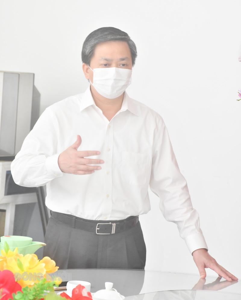 Ủy viên Trung ương Đảng - Bí thư Tỉnh ủy Lê Đức Thọ phát biểu tại buổi họp mặt
