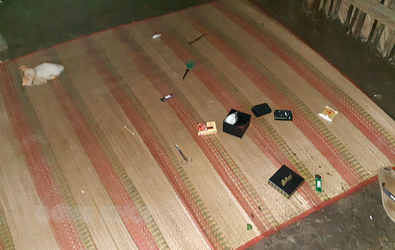 Dụng cụ sử dụng ma túy tại hiện trường.