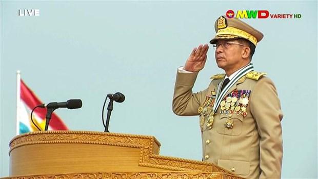 Thống tướng Min Aung Hlaing trong một sự kiện truyền hình trực tiếp, ngày 27-3-2021. Ảnh: AFP/TTXVN