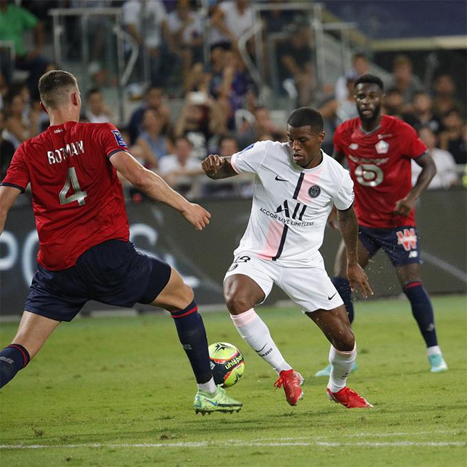 Tân binh Wijnaldum vào sân từ hiệp 2 nhưng không thể cứu được PSG thoát khỏi trận thua