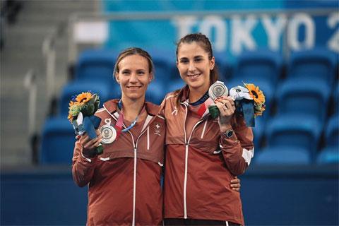 Belinda Bencic và Viktorija Golubic giành HC bạc đôi nữ Olympic Tokyo 2020