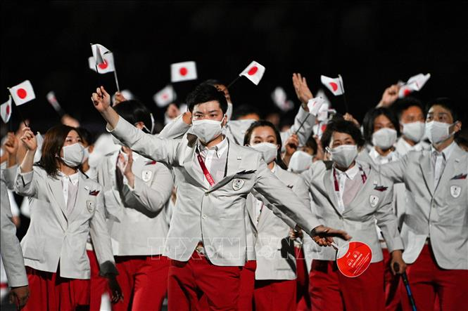 Lễ thượng cờ Nhật Bản tại Lễ khai mạc Paralympic Tokyo 2020 ở Tokyo, Nhật Bản, ngày 24-8-2021. Ảnh: THX/TTXVN