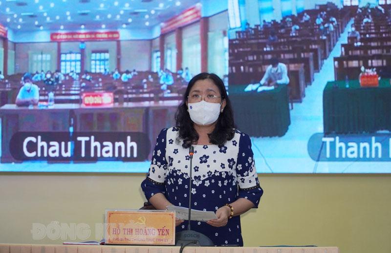 Phó bí thư Thường trực Tỉnh ủy Hồ Thị Hoàng Yến phát biểu.